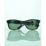 Ray Ban  RB2132 901L NEW WAYFARER CLASSIC Sunglasses